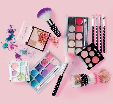 Shop Justice's Just shine beauty line!