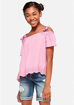 Lace Hem Cold Shoulder Peasant Top