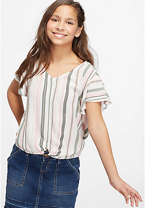 Flutter Sleeve Ring Hem Top