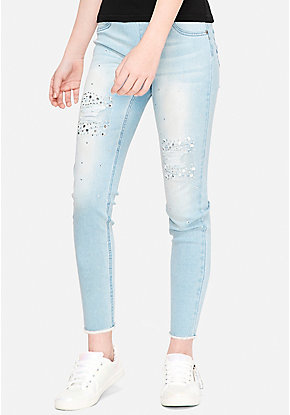 Destructed Rhinestone Pull On Ankle Jean