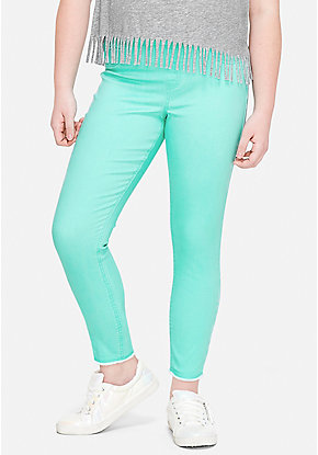 Color Pull On Ankle Jean