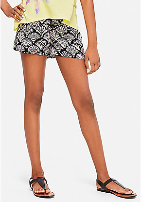 Lace Up Pattern Soft Shorts