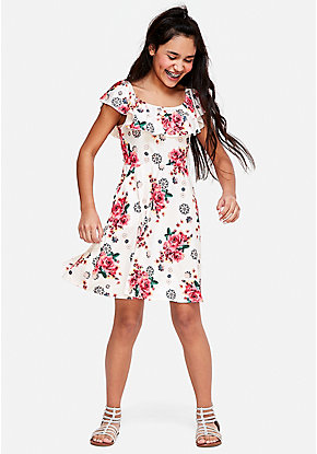 d52002347 Girls  Dresses