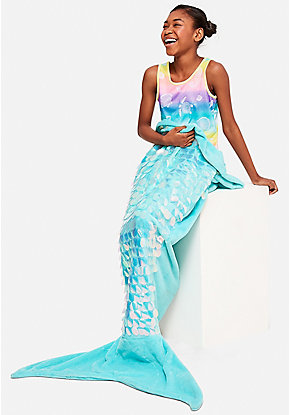 Jumbo Sequin Mermaid Tail Blanket