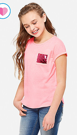 Flip Sequin Pocket Tee