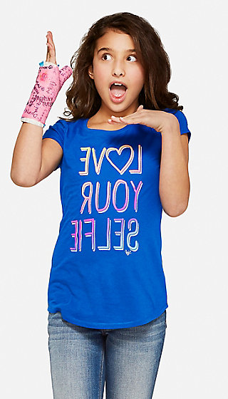 Love Your Selfie Graphic Tee